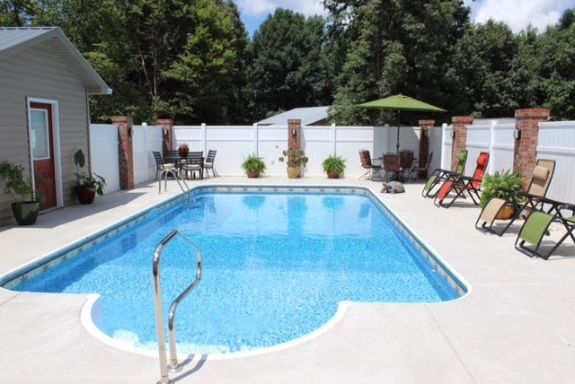 Keep Your Pool Clean With North Georgia Pools